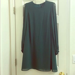 Vince Camuto forest green open arm long sleeve 4
